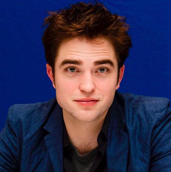 Robert Pattinson Reveals That He Kept Pushing Matt Reeves To Cast Him As Batman The Independent Singapore News