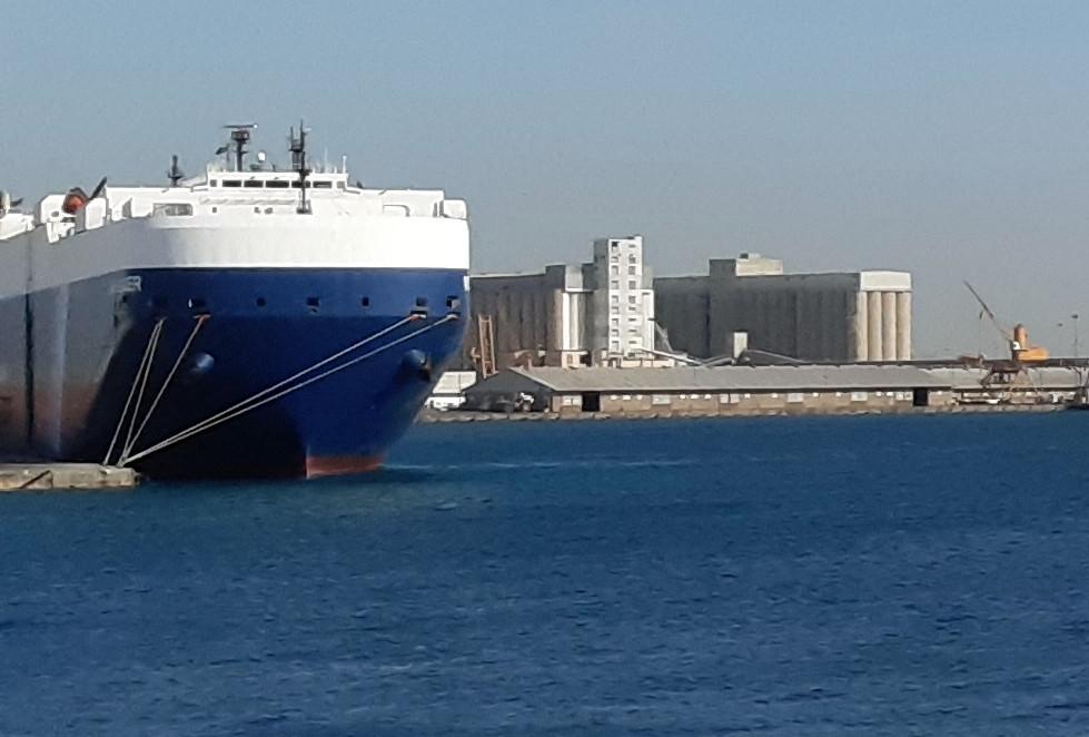 external-source'-responsible-for-singapore-flagged-oil-tanker-blast-off-saudi:-vessel-owner