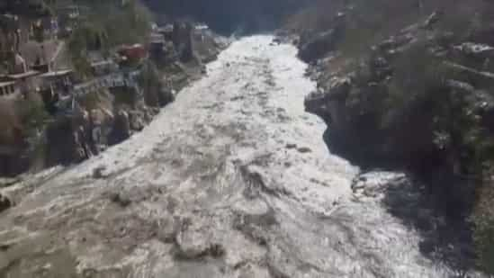 uttarakhand-flood:-8-10-bodies-recovered,-around-150-believed-to-be-dead,-says-itbp