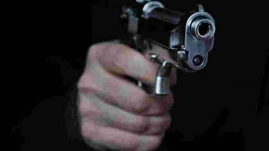 dacoits-gun-down-passenger-in-bus-robbery-in-jharkhand
