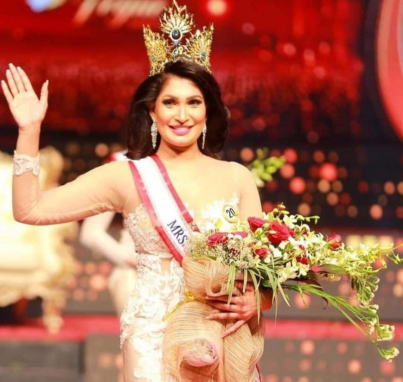 mrs-sri-lanka-2021-drama:-winner-to-get-title-back-after-crown-removed-onstage-due-to-divorce-claims-(video)