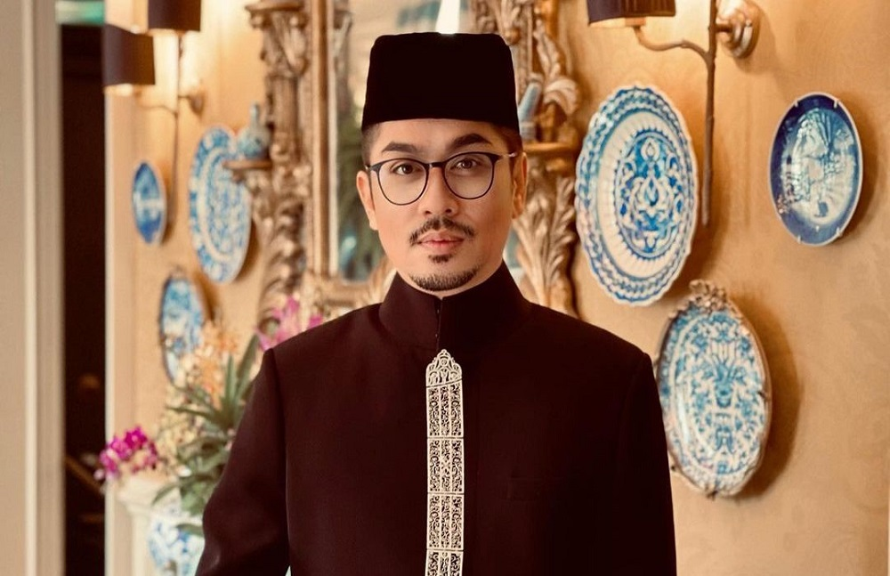 malaysian-designer-rizalman-shuts-down-businesses-for-two-weeks-to-protect-workers-from-covid-19